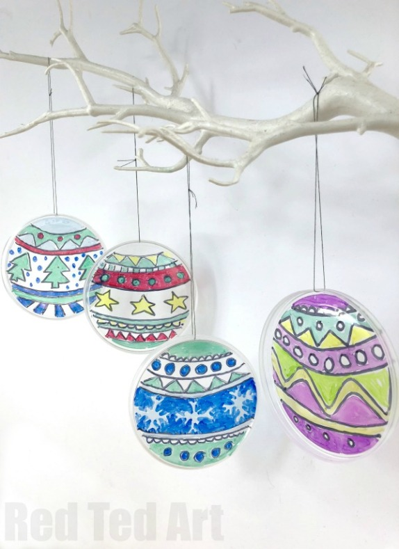 Plastic-lid-ornaments.jpg