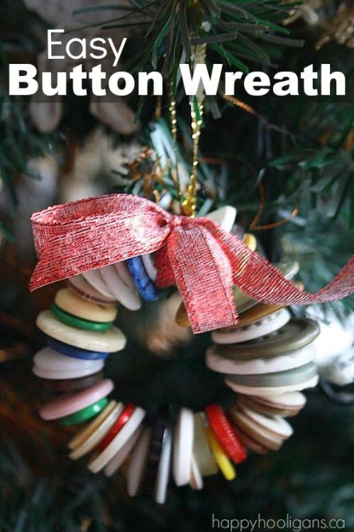 Easy-button-wreath-ornament-for-kids-to-make.jpg