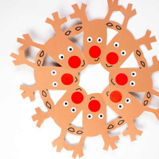 how to cut reindeer snowflakes.jpg