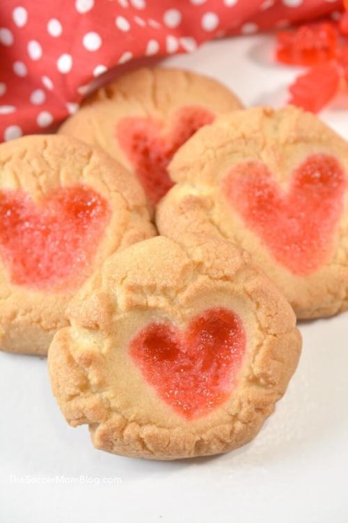 Gummy-Bear-Heart-Cookies-7.jpg