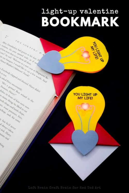 Light-Up-Valentine-Lightbulb-Bookmark-800x1200-533x800.jpg