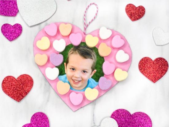 valentine-heart-wreath-feature-image.jpg