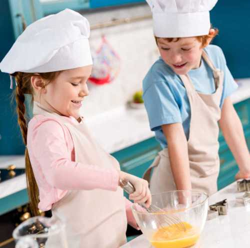 Kids-Cooking-in-the-Kitchen.jpg